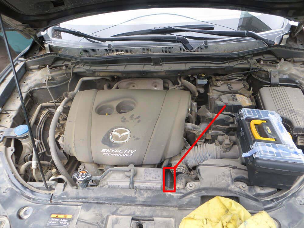 CX5 2016 ubicacion motor